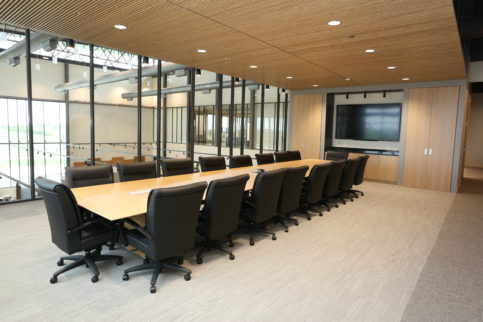 Brownells, Pigott, Commercial Design, Conference Room, Natural Light, Herman Miller, Grinnell Iowa, Presentation Space